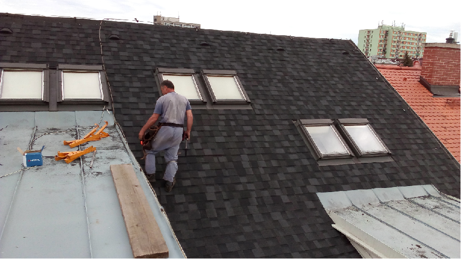 rekonstrukce střechy, šindel, Cambridge Xpress 52, lehká střešní krytina, rychle, snadno a levně
