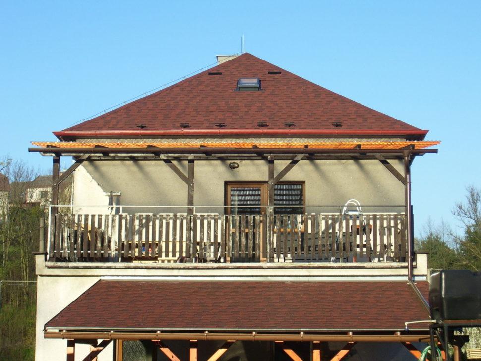 rekonstrukce střechy šindelem Cambridge v barvě 55
