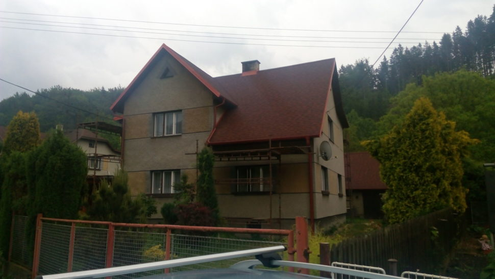 rekontrukce-strechy-sindelem-IKO-Cambridge-riviera-red-55