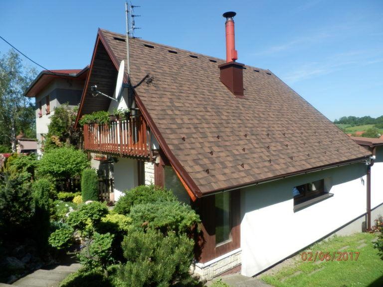 rekonstruovana-strecha-sindelem-IKO-Cambridge-dual-brown